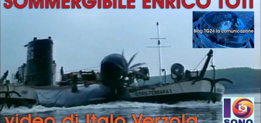 Nel 2001 il Sottomarino Enrico Toti attraversa il PO passando per Castelnovo Bariano (RO)